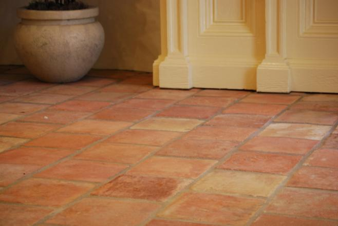 Terracotta-floor-cleaning